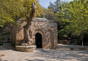 4. Virgin_Mary_House_Ephesus-600x421